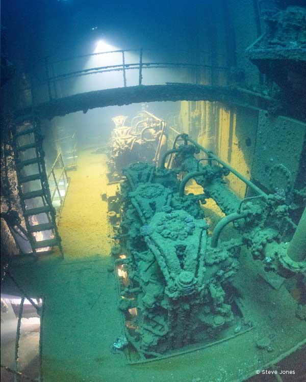 Cargo Ship Engine Room: Diving The Kensho Maru